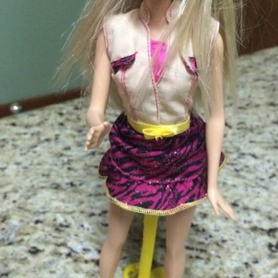 3d-modell barbie aufsteller 3d model mount