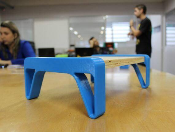 3d-modell laptoptisch