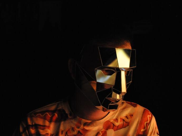 3d-modell low poly mirror maske mask 3d model